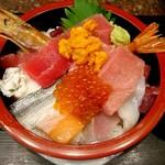 118232951 - まぐろ海鮮丼