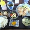 Maedaya - 料理写真:日替わりサービスランチ 唐揚げ 730円