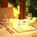 カサブランカ・フランセーズ - ディナーはライトを調整してお二人だけの特別なお時間をプレゼントいたします★