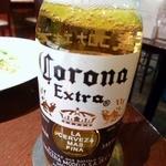 Bee - またしても昼ビール。休日出勤前の気合です。