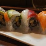 sushi dining 鸞 - レインボーロール
