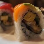 sushi dining 鸞 - 色々と入る