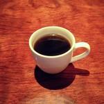 輪 - 雨の日のコーヒーサービス