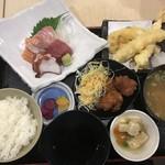鯛将丸 - 8月2日刺身天ぷら定食