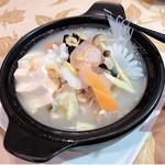豚肉と野菜たっぷり豆腐鍋/海鮮と野菜たっぷり豆腐鍋/豚肉と春雨の野菜鍋