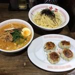 118281279 - 味噌つけ麺+海老ニラまん