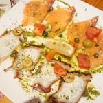トムボーイカフェ - カルパッチョ