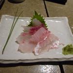 11830680 - 天然真鯛のお刺身(コリコリ食感)