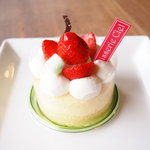 パティスリーシエル - 苺のショートケーキ 380円