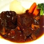 11831052 - 牛頬肉の赤ワイン煮込み