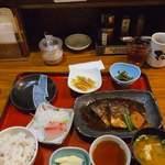 小魚阿も珍 - 料理写真:日替わり定食、鯖の味噌煮