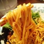 香来 - 中太の平打ち麺がなかなかええやないですかーっ!