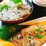 海鮮丼専門店 伊助 - 2019年10月25日、当店では、丼だけでなく、金目鯛煮付けなどもご用意してます!ごはんにもあう、すこし濃いめの味付け、是非どうぞ~!