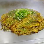 ふたごや - 料理写真:肉玉そばW