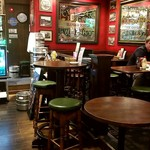 Public House THE OLD ROCK - 店内