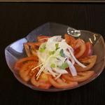 九州焼肉 伊万里 - 冷やしトマト