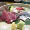 ぼちぼち - 料理写真:戻り鰹と秋刀魚のお造り