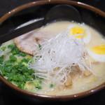 麺匠 とぐち - 料理写真:特選極塩ラーメン