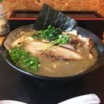 118349800 - 濃厚魚介鶏らーめん820円
