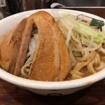 雷 - 料理写真:雷そば(並)濃厚スープ