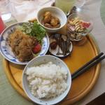 もんぺとくわ - 料理写真:和風ランチ