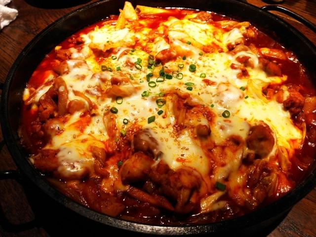 炭火焼肉・韓国料理 KollaBo 新橋店の料理の写真