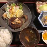 泉坂 - 飛騨牛サーロインステーキ定食100g