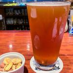 SWANLAKE Pub Edo - スワンレイクIPA 990円/500ml (チャージ料金300円でナッツが出ます)