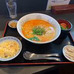 Opus One - 担々麺セット 1,000円