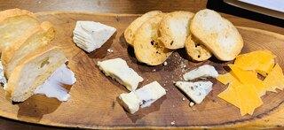 euro dining claret - チーズ盛り合わせ