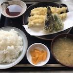 蒔田 - 料理写真:あなご天ぷら定食 1300円