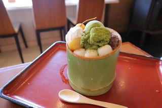 嵐山さくら餅 稲 - 抹茶本わらび餅パフェ
