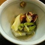 花狩人 かとう - 蛸柔らか煮と季節野菜の炊き合わせ
