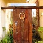 ぶなの木 - 扉を開けるのもドキドキワクワクです
