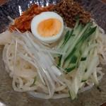 焼肉食道 しんしん - 絶品汁なし塩冷麺