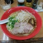 廣島中華そば 兎 - 料理写真:コクバリ★中細麺