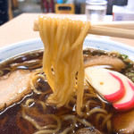 大石家 - 細縮れ麺