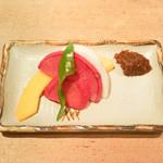 白金 酉玉 - お通しの野菜