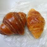 パフォンテ - 左~ミニチョコクロワッサン、右~ミニメイプル