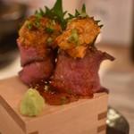 日本酒バル 蔵のや - うにく クリーミーなうにとお肉が相性抜群