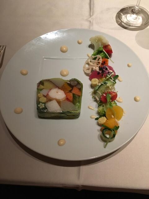 Nord - 前菜、オマール海老のテリーヌ