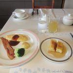 118449346 - 前の日の夕食でかなり食べたので朝食のビュッフェは少し控えめの朝食にしてみました。