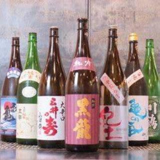 炉端焼きに合わせるのは日本全国より厳選した「日本酒」