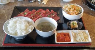 焼肉ヒロ 新田店 - 和牛ロースセットをお肉1.5倍盛