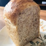 フロイン堂 - 一番大好きなライ麦パン。穀物の香りと香ばしさと、プチプチ感がたまりません!!
