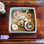 木茶房 わか - 料理写真:【welcomeドリンク&一の重】 少しずつ味わって。胃の準備完了。