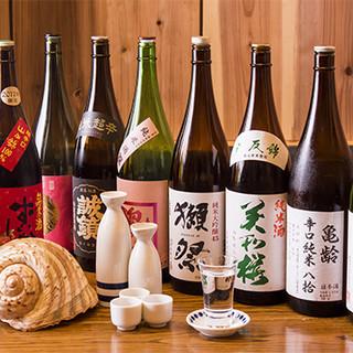 広島の地酒、プレミア焼酎とともに新鮮な魚介の逸品をどうぞ。
