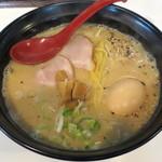 らー麺 こぶし - 料理写真:しおら~麺_780円