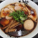 118492170 - 中華そば+肉増し+味タマ♪