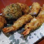 串揚げ咲と - 海老フライ定食メインのアップ